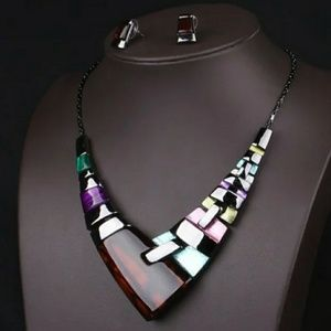 Multicolor, resin necklace and earrings
